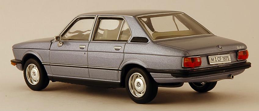 BMW 520i e12