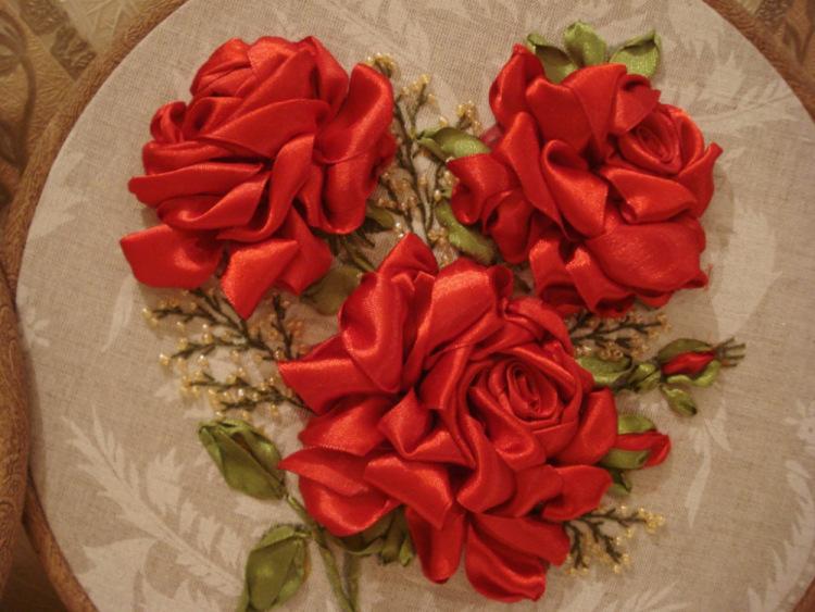 Вышивка лентами объемная роза 46