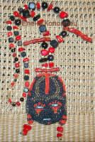 Создавалась по эскизу африканской маски.  Крупное такое этническое украшение на шею.  Размер маски - 9х7 см. Бисер...
