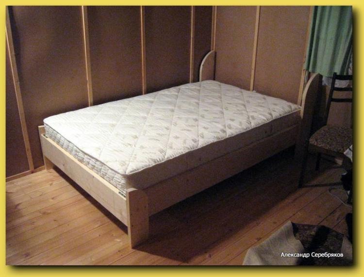 Как изготовить двуспальную кровать своими руками